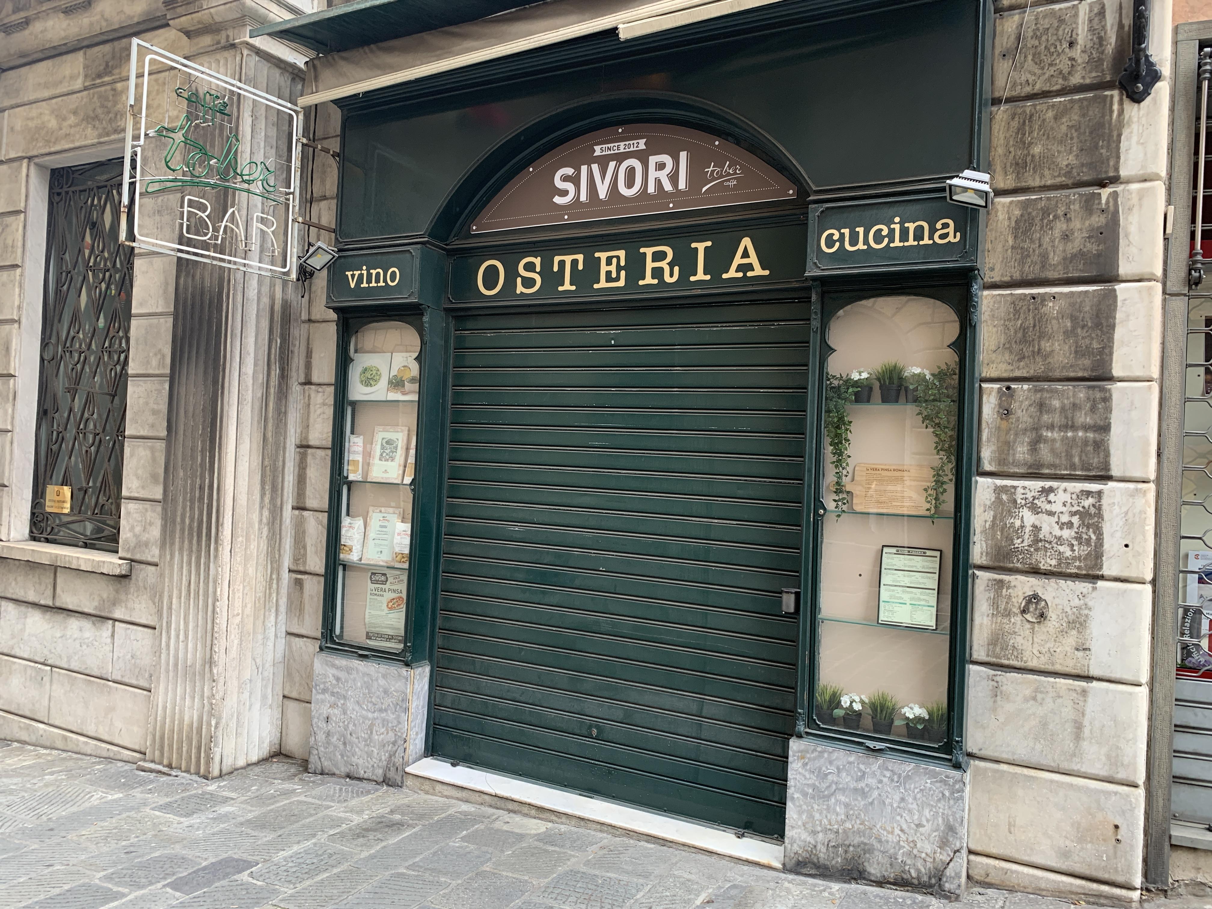Immobile ad uso bar, ubicato in Genova - Salita di Santa Caterina civico 48R