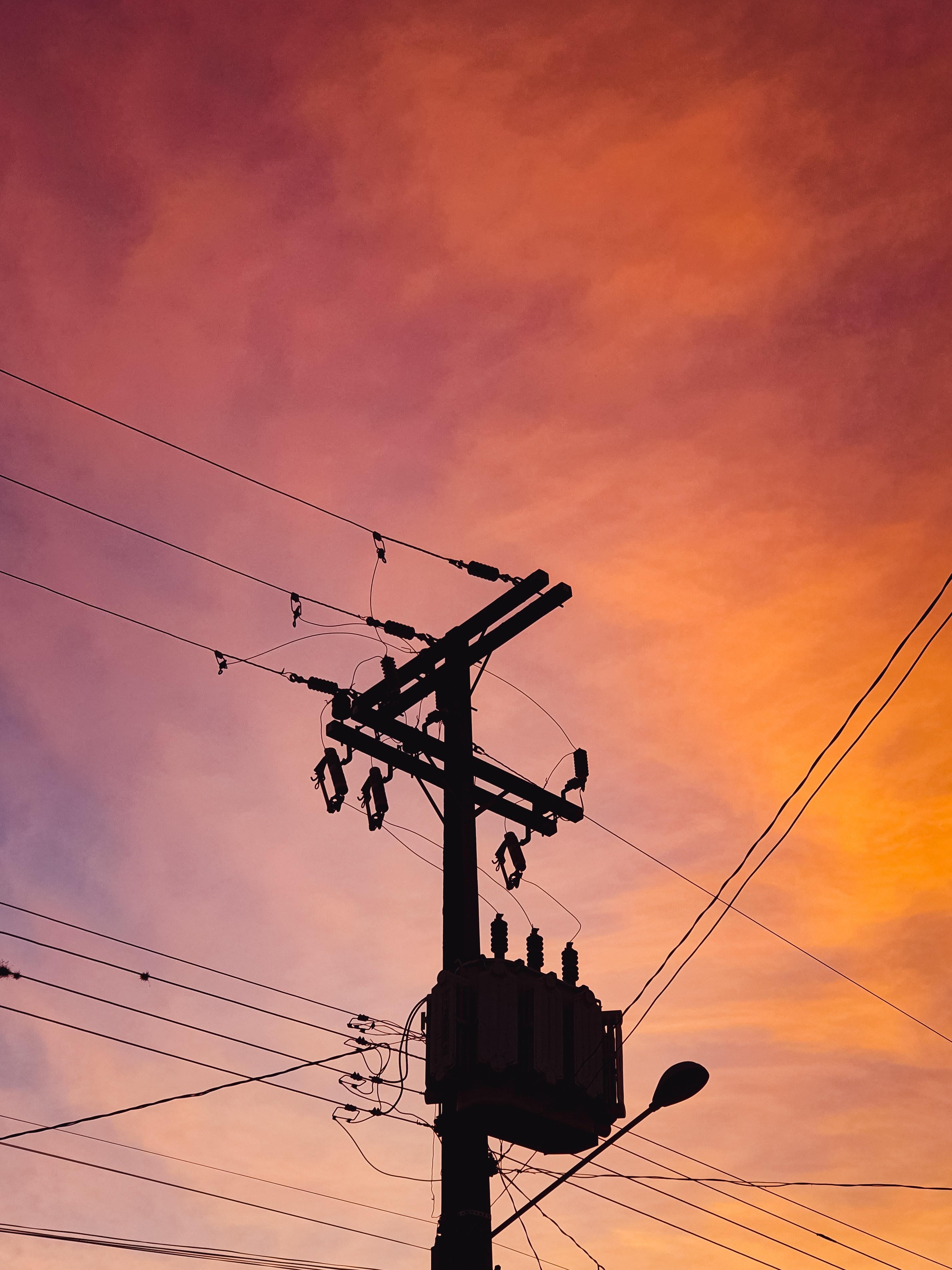 tanza di Autorizzazione Unica per la ricostruzione di tratti di linea elettrica aerea MT (15000V) nel Comune di Moconesi. Pratica EE 44.