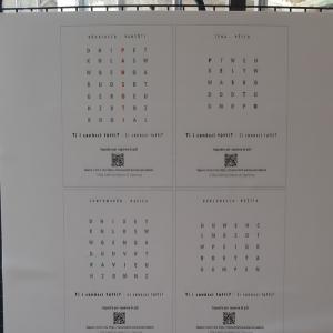 Cartellone lettere e simboli Metropoli Strategica 51