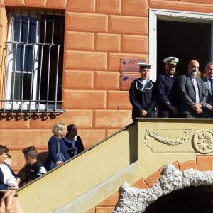 Le autorità della Marina, il sindaco di lavagna Mangiante, gli assessori regionali Benveduti e Cavo ed il consigliere di CMGE Garbarino