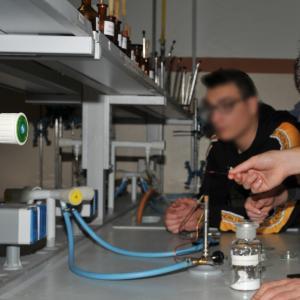 """Il Primo Levi attiva la curvatura """"Scienza e tecnologia dei materiali"""": i laboratori 12"""