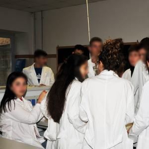 """Il Primo Levi attiva la curvatura """"Scienza e tecnologia dei materiali"""": i laboratori 16"""