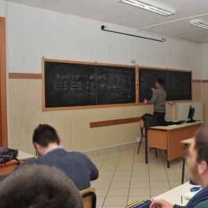 """Il Primo Levi attiva la curvatura """"Scienza e tecnologia dei materiali"""": la classe 3"""