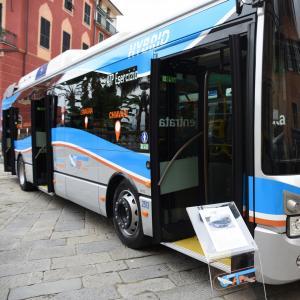 Nuovi autobus ibridi Atp 9