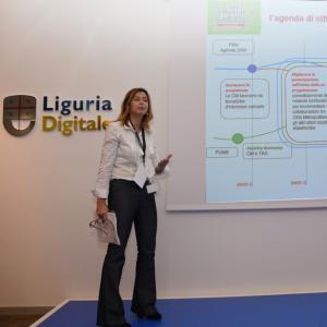 Prima giornata, sede di Liguria Digitale, presentazione progetto  della dottoressa Arzà 2
