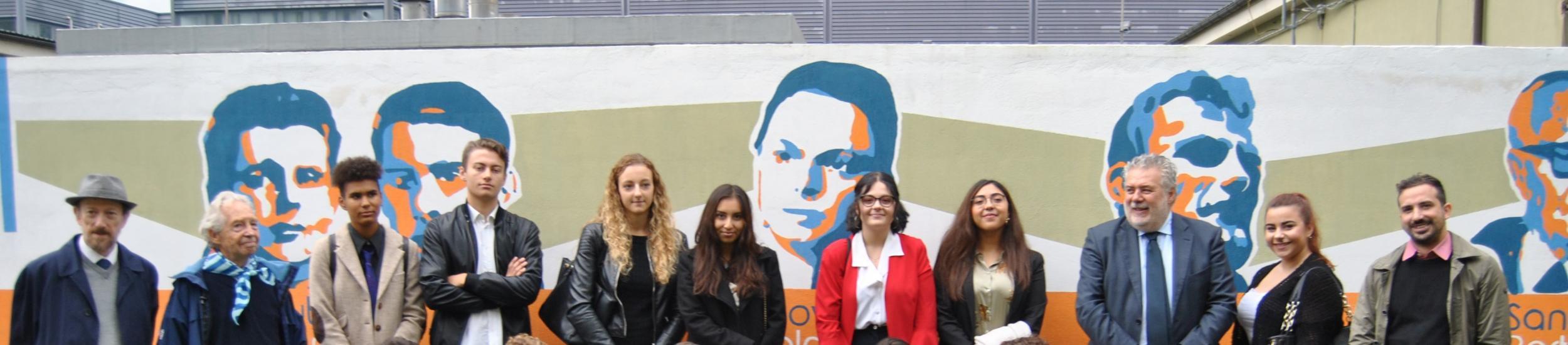 Gli studenti del Klee Barabino ed il Murales