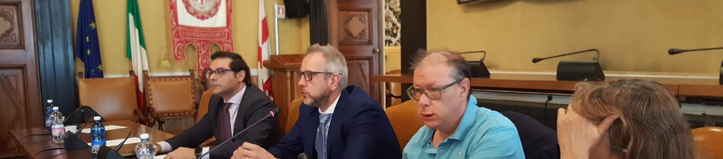 Roberto Cella durante un convegno