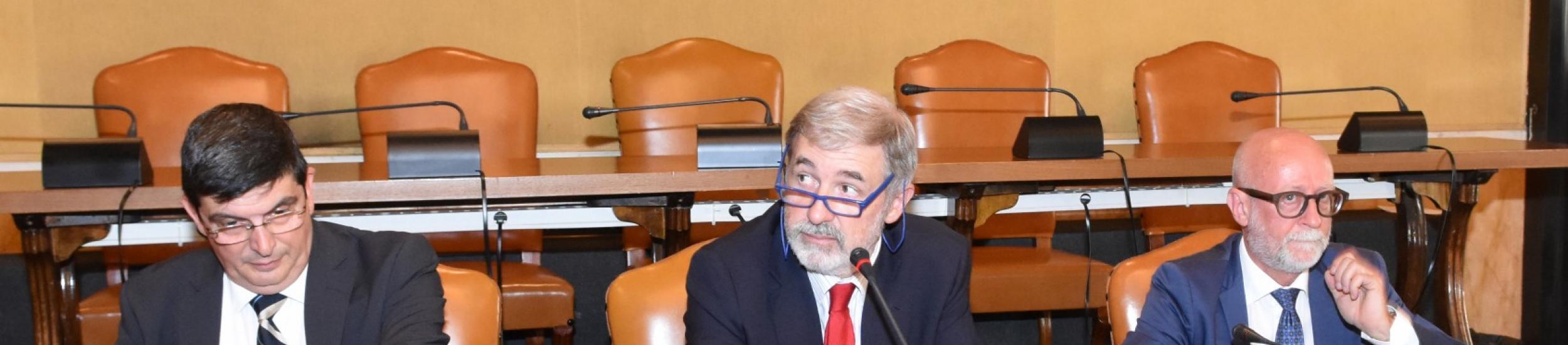 """Marco bucci esordisce in consiglio metropolitano: """"priorità rifiuti"""" (video di tabloid)"""