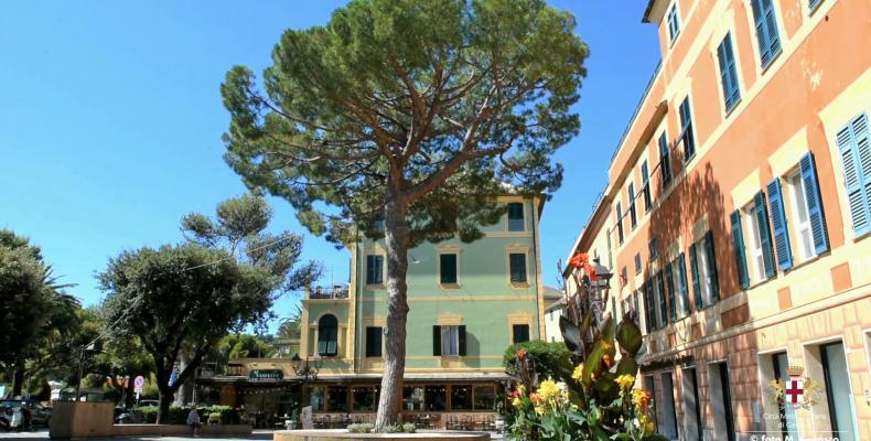 Arenzano, Piazza Giuseppe Mazzini