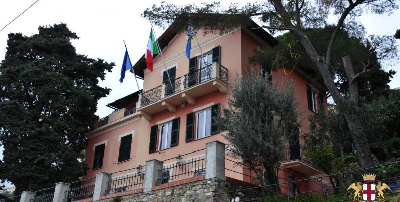 Pieve Ligure: facciata Municipio