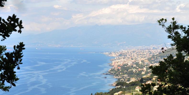Santa Apollinare, veduta di Genova