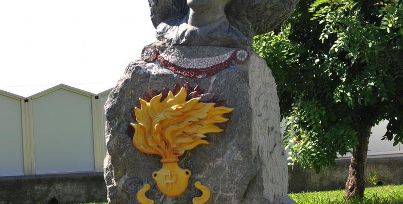 Cogoleto, monumento ai carabinieri
