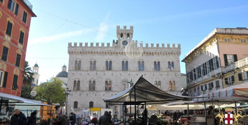 Chiavari: vista Piazza Mazzini