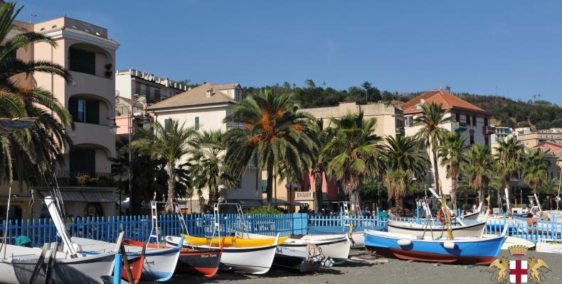 Cogoleto, spiaggia & barche