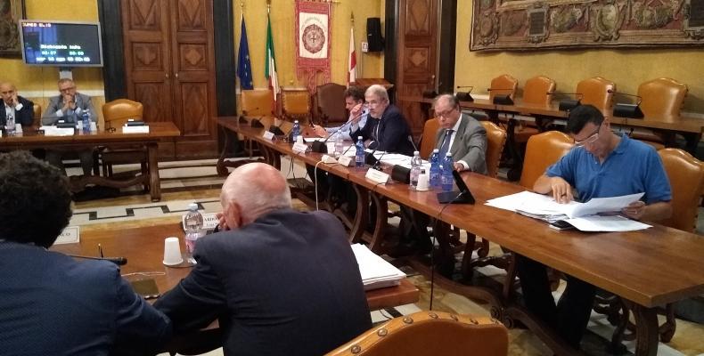 immagine Consiglio: il Sindaco Metropolitano sul bando periferie propone un cammino amministrativo per la soluzione del problema