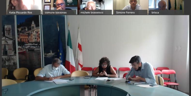i funzionari illustrano ai sindaci il Programma degli Interventi 2020 2023