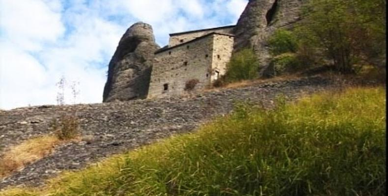 Nuova apertura del Castello della Pietra di Vobbia