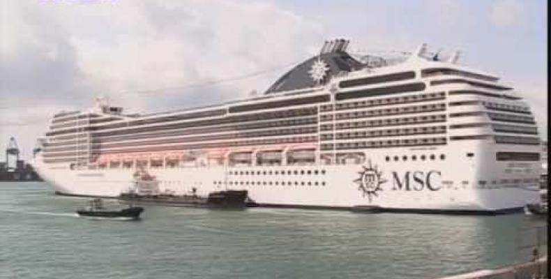 Progetto didattico 'Let's adopt a ship' 'Adottiamo una nave' lanciato dal Genoa Port Center