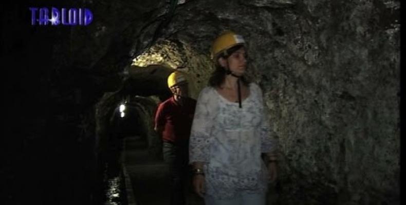 Una delle gallerie ottocentesche di Monte Loreto, la galleria XX Settembre