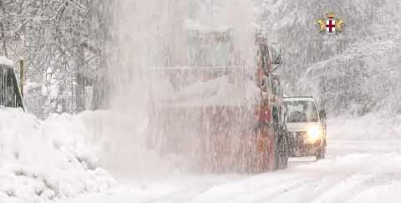 Neve: le turbine della Città Metropolitana all'opera in tutte le vallate del territorio