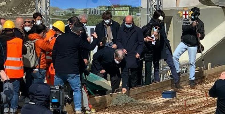 """A Scarpino posata la """"prima pietra"""" dell'impianto TMB (trattamento meccanico biologico) a servizio dell'area metropolitana"""