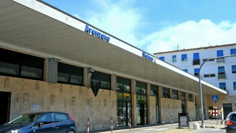 Arenzano, stazione ferroviaria