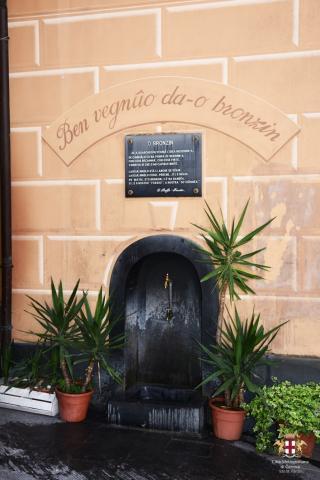 Lavagna, la fontana da-o Bronzin