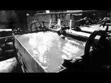 Processo di lavorazione della carta all'interno della cartiera dei Fratelli Caviglia alla Biscaccia nel comune di Mele.