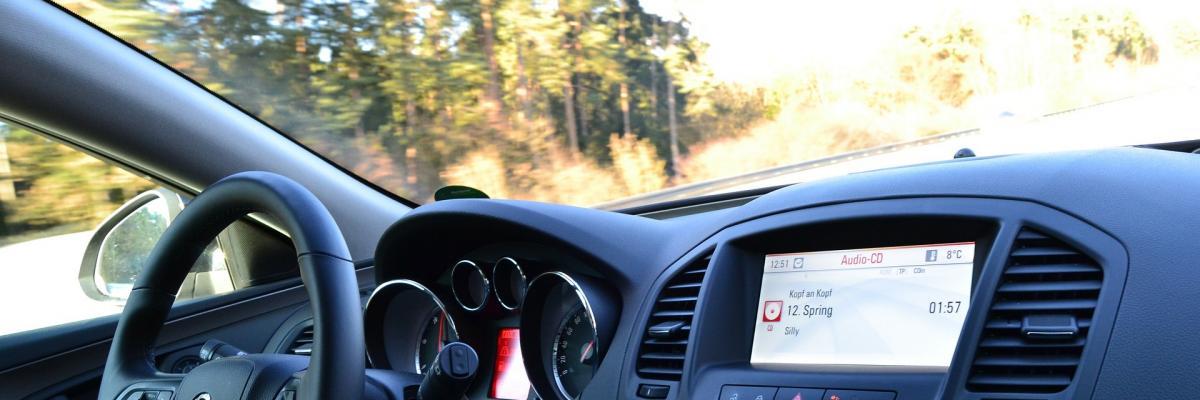 immagine di automobile